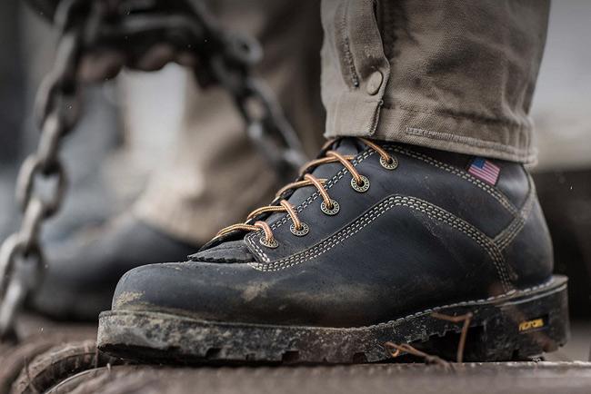danner quarry boots waterproof